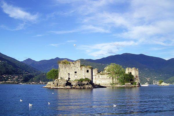 Misteri di Cannero: le acque del lago Maggiore nascondono segreti