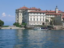 lake maggiore motorboat