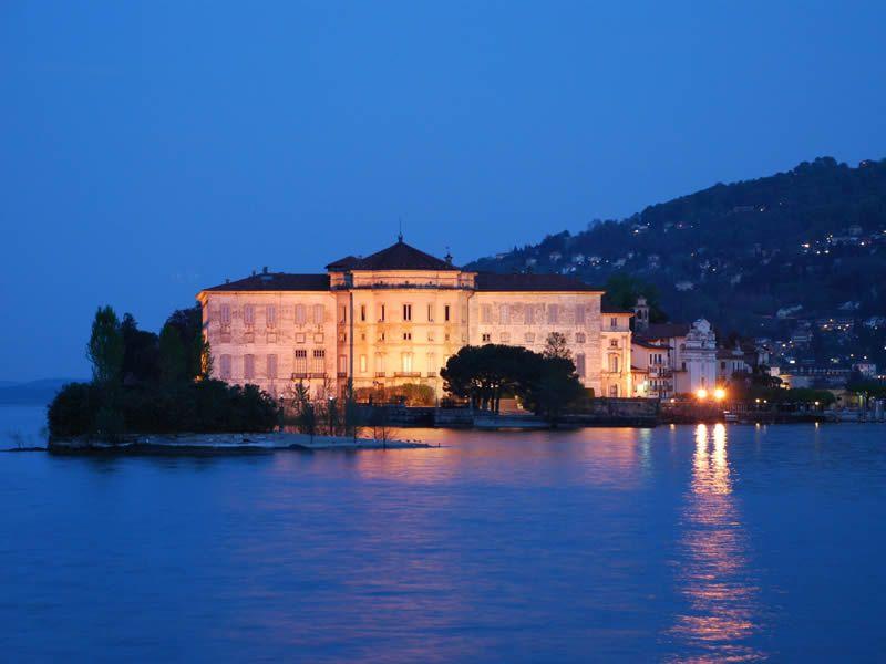Crociere notturne sul Lago Maggiore e le isole Borromee
