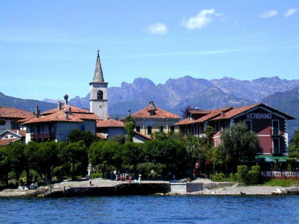 Da stresa all 39 isola dei pescatori lago maggiore for Stresa lake maggiore