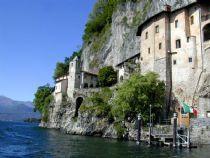 monastero lago maggiore