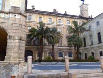 palace isola bella
